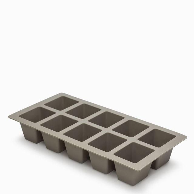 Cubeta-hielo-en-silicona-gris