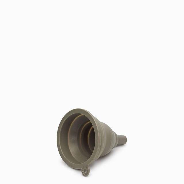 Embudo pequeño en silicona gris