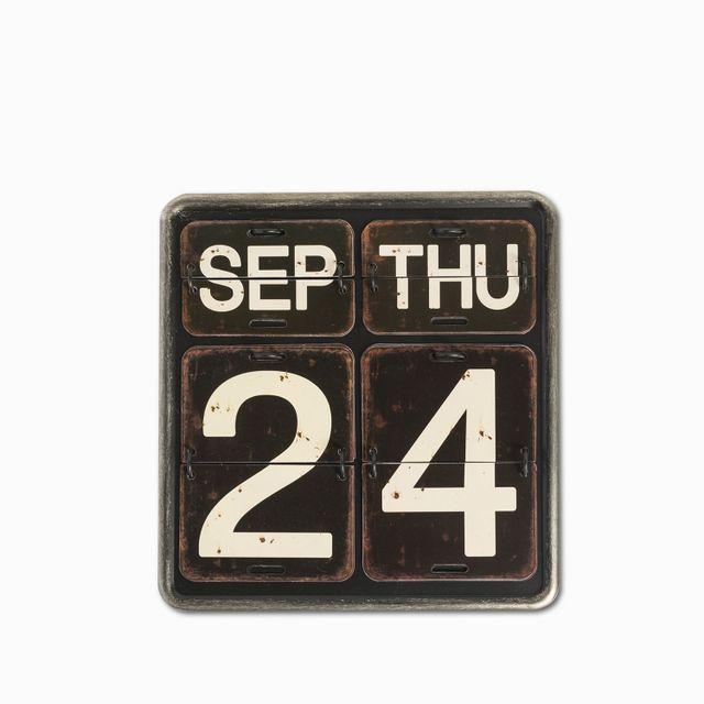 Calendario vertical negro 20.5x21.5x2.5