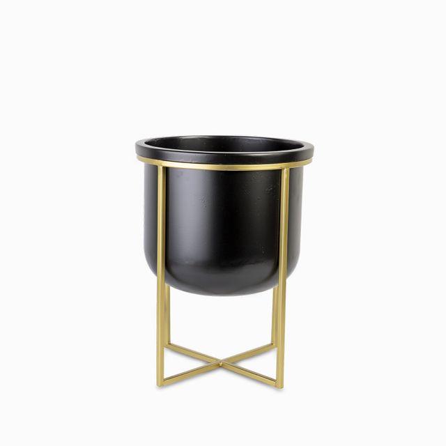 Matera-negra-base-dorada-30x40cm